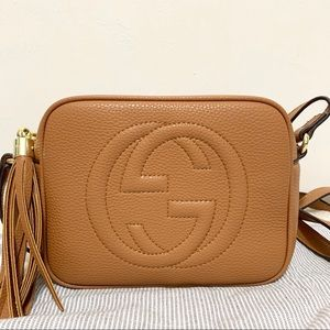 Gucci soho disco crossbody beige